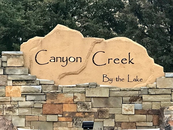 Welcome to Canyon Creek subdivision, Lenexa KS