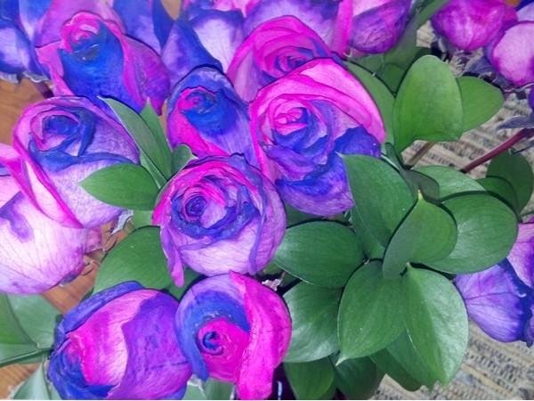 Beautiful tie die roses