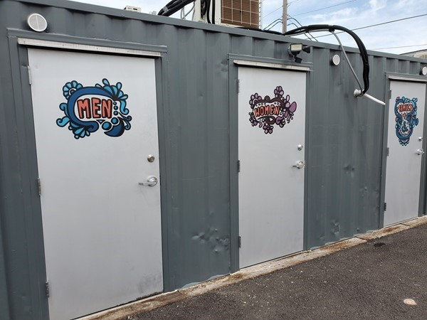 The  Iron District has clean bathrooms
