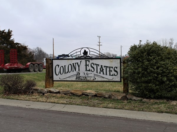 Colony Estates Neighborhood - Small town living with big city homes