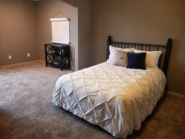A lovely master bedroom at Shadow Glen Townhomes