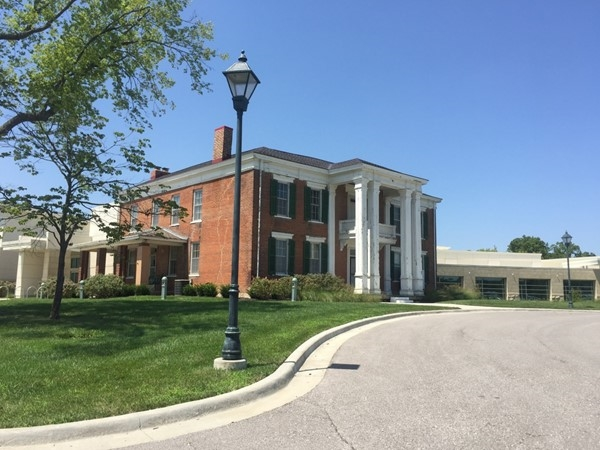 Woodneath Farms Library Center located off of Flintlock