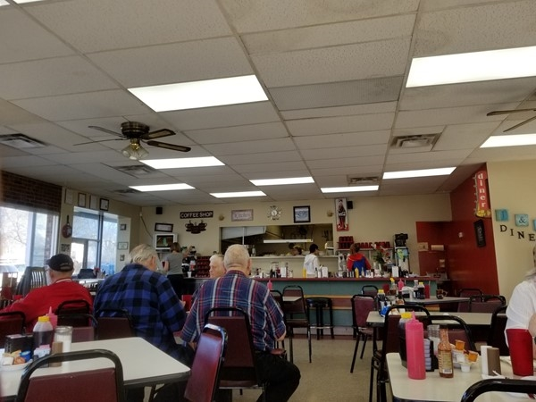 A picture inside J & L Diner. They have the best breakfast around