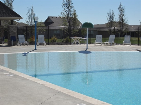 """Beautiful, sparkling """"beach entry"""" pool in Parkway Estates"""