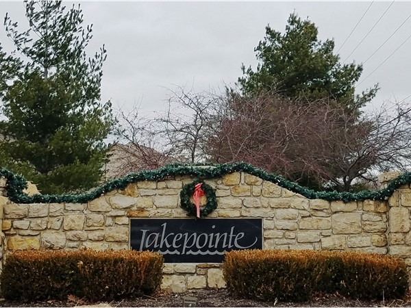 Lakepointe at Christmas time