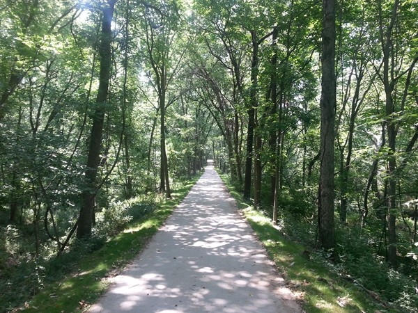 Just opened!  Enjoy miles of trail From Riverside to Zona Rosa!