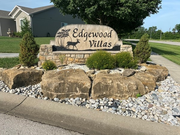 Welcome to Edgewood Villas