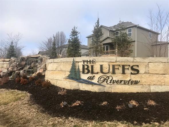 The Bluffs at Riverview - Shawnee KS