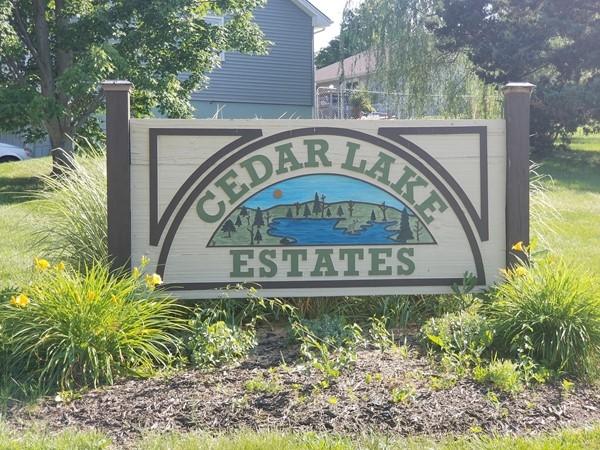 Cedar Lake Estates entry sign