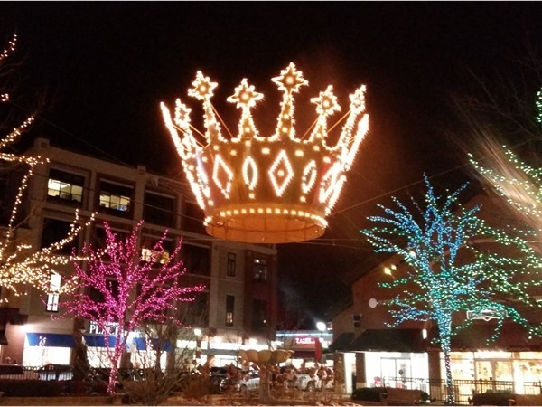 Zona Rosa Shopping Center is beautiful for the holidays and only minutes from Tiffany Woods