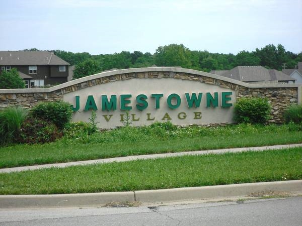 Entrance Jamestowne Village subdivision