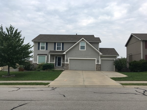 Typical home in Highland Pointe. This one is 4 Bedrooms, 3.5 baths