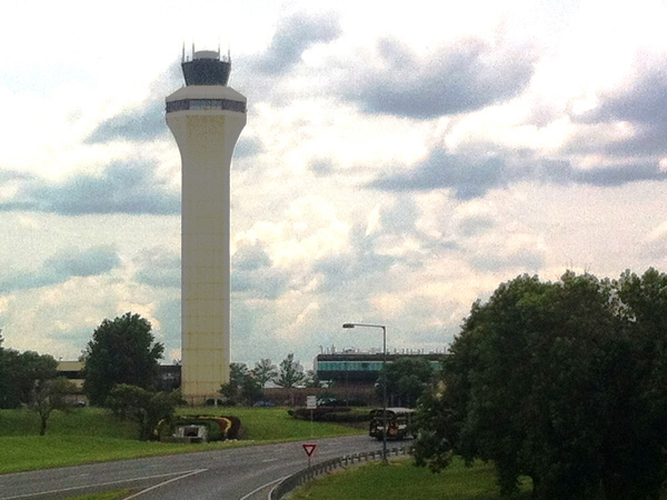 Discussions still open to change the Kansas City International Airport from 3 to 1 terminal.