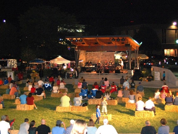 Gladstone Linden Square stage has various styles of entertainment summer and fall