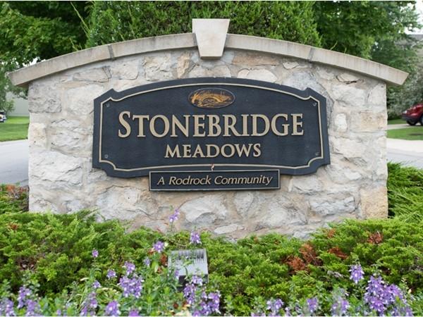 Stonebridge Meadows entry monument