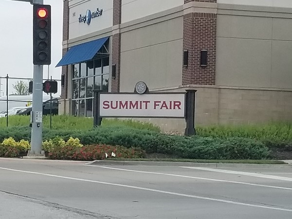 Check out Summit Fair for many dining and shopping options