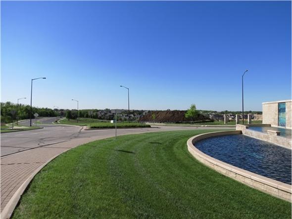 Looking towards the southwest on Prairie Star Parkway