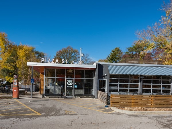 PIzza 51 West, Fairway KS