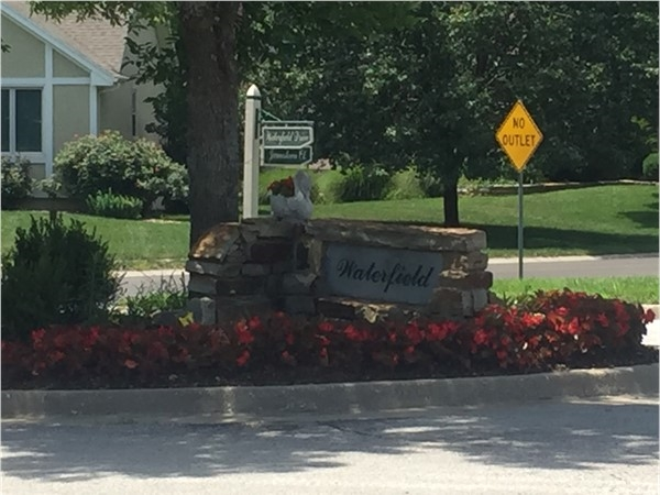 One of several welcoming entrances to Waterfield