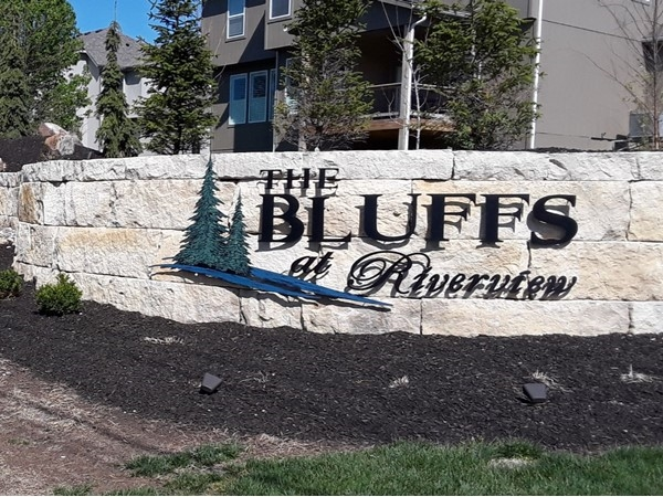 The Bluffs at Riverview Community in Shawnee KS