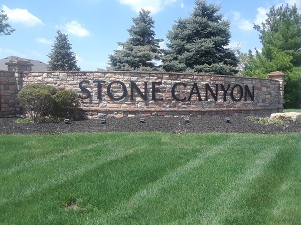 If you love to golf then Stone Canyon may be the place for you