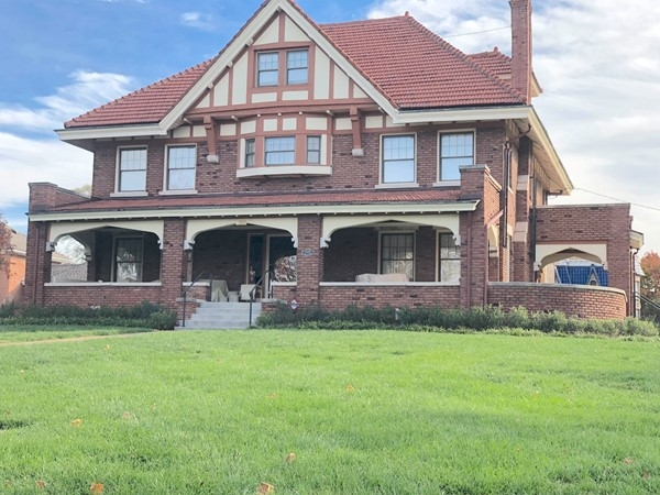 Gorgeous homes in downtown Liberty