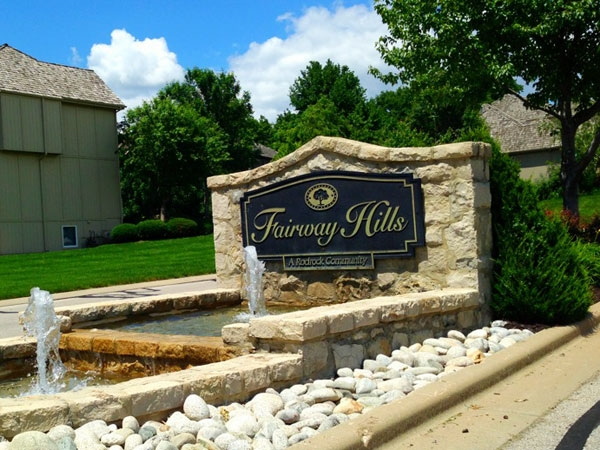 What a great entrance to this delightful subdivision! Near great shopping, parks, and schools.
