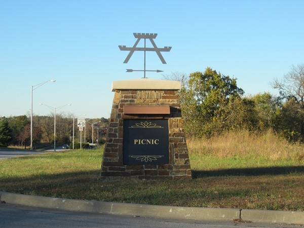 Landmark sign for the picnic area in Legacy Park