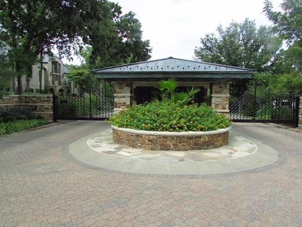 Elegant entrance structure
