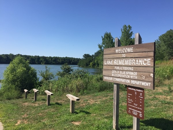 Lake Remembrance. Walking trails, fishing, canoeing and kayaking