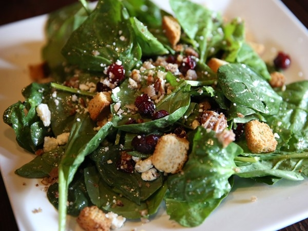 Spinach Salad at Summit Hickory Pit BBQ