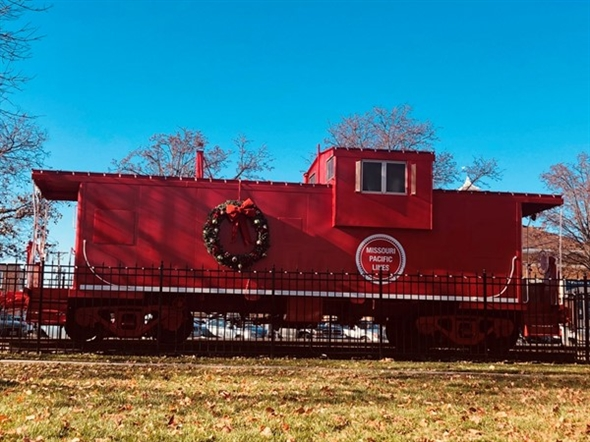 It's beginning to look a lot like Christmas in downtown Lees Summit