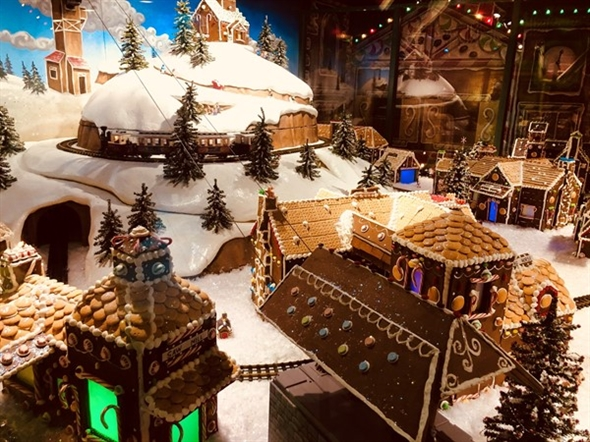 Love, love, love this Gingerbread Village at the one and only Crown Center