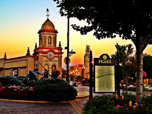 Strolling the Plaza after dinner is a favorite way to spend an evening for many Kansas Citians
