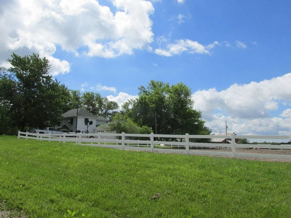 Nothing like ranch living, near Trimble, MO