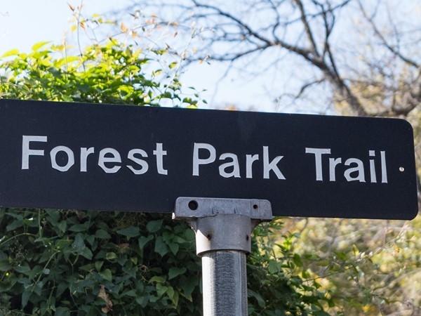Trail marker at Forest Park Estates