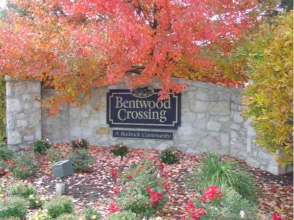 Bentwood Crossings entry