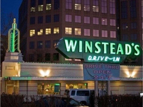 So thankful that Winsteads has kept their Leawood location open. Best steakburger and limeades