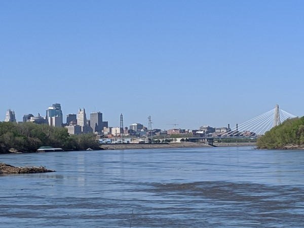 View of downtown and the Missouri River from Riverfront Park