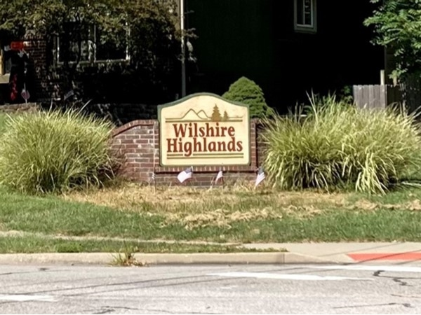 Neighborhood sign at Wilshire Highlands in Liberty