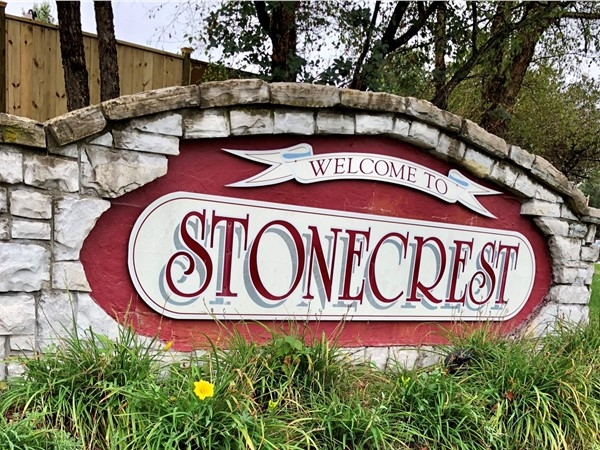 Stonecrest entrance sign