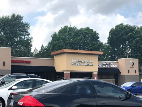 Shops nearby Cayot's Corner