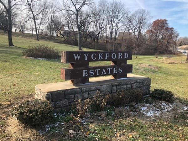 Wyckford Estates in West Olathe, overlooks Lake Olathe