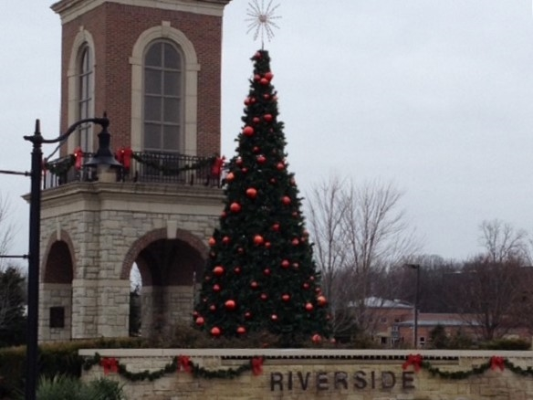 It's Christmas in Riverside