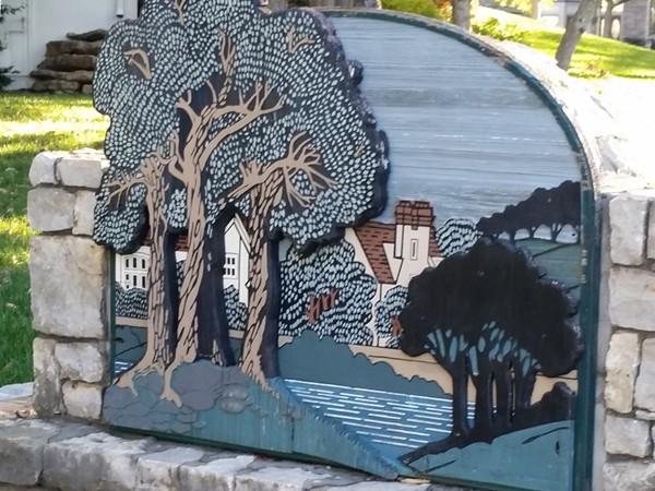 Arbores entryway