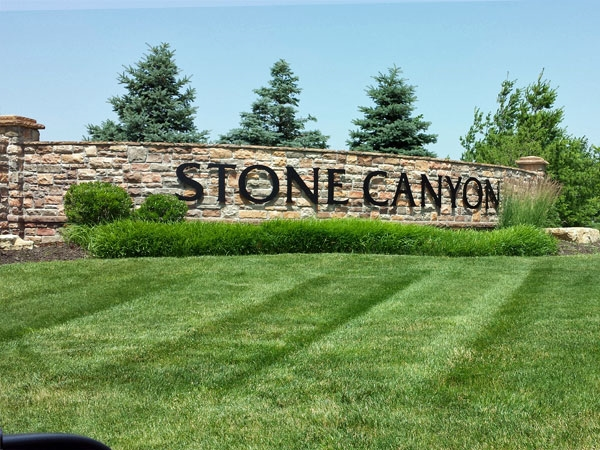 Stone Canyon's Challenging Golf Course