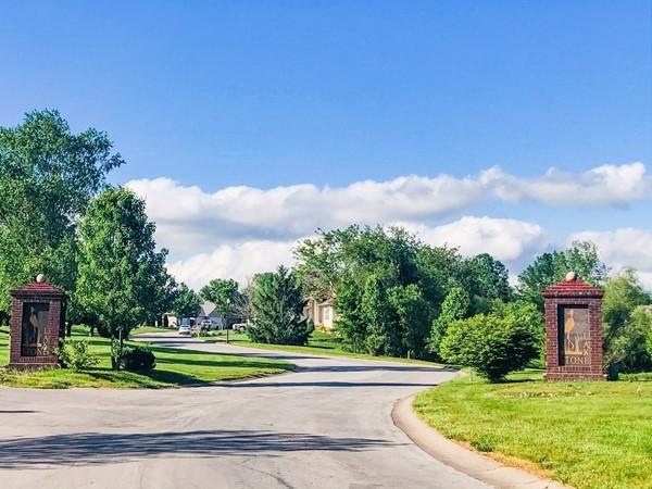 Stonelake subdivision entrance