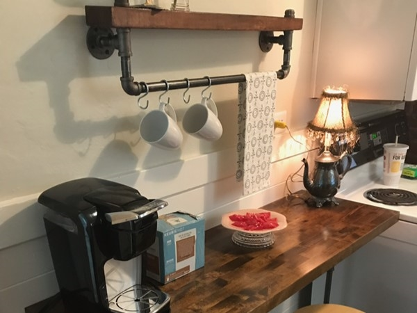 Super unique breakfast bar in one of my listings. I love this creativity