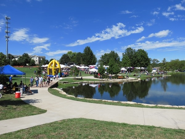 Fun activities for the kids and adults at the Spinach Festival in gorgeous Sar-Ko-Par Trails Park