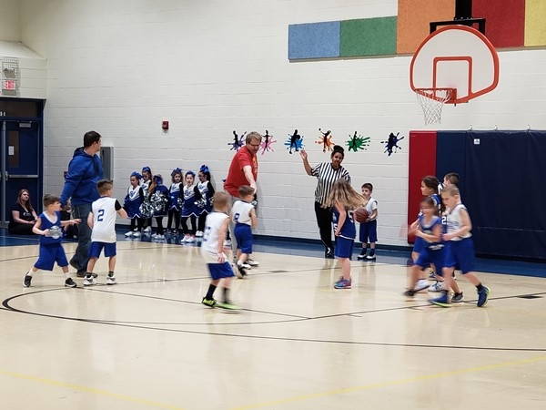 GVSL K-1 Learning basketball fundamentals - adorable